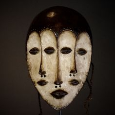 Nu in de #Catawiki veilingen: Rare and Perfect African Tribal Four Faced LEGA Bwami Society Mask.Democratic Republ...