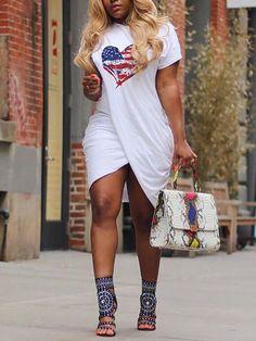 Curvy Fashion For Plus Size Women Curvy Fashion, Look Fashion, Plus Size Fashion, Fashion Outfits, Womens Fashion, Feminine Fashion, Fashion Clothes, Fashion Ideas, Fashion Trends