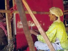 Voyage chez les Amazighs  L'art du tissage