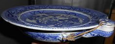 Food Warmer Plate with Stopper Willow pattern