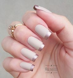 50 Awesome French Tip Nails to Bring Another Dimension to Your Manicure nageldesign french 50 Awesome French Tip Nails to Bring Another Dimension to Your Manicure Classy Nails, Stylish Nails, Cute Nails, Pretty Nails, French Nails, Hair And Nails, My Nails, Nail Art Designs, Uñas Fashion