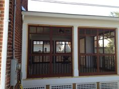 Amazing enclosed deck for those who like to keep the bugs away :) | JM Design Build