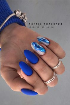 44 Unique Blue Nail Designs, You Will Want to Try as Soon as Possible - - Blue is considered the color of responsibility, loyalty and trust. It's also about being quiet, reserved and confident. Many women like blue nail designs. Elegant Nails, Classy Nails, Stylish Nails, Classy Almond Nails, Almond Gel Nails, Nails Yellow, Red Nail, Blue Nail Designs, Blue Nails With Design