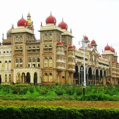 Mysore City Guide, the second largest city of south Indian state of Karnataka is located at a distance of 140 kilometers from the state capital Bangalore, the largest city of Karnataka. Mysore is also known as the Sandalwood City