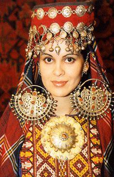 Turkmenistan | via Ensi Gallery
