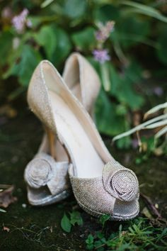 sparkly Caparros wedding shoes // photo by Marianne Wilson http://eventsbyclassic.com