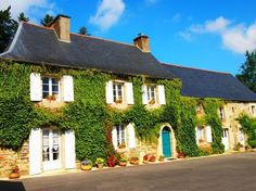 Charming Manor House with Heated Swimming Pool. Manoir de Bolu -Set within private landscaped gardens and brimming with Brittany charm and character this lovely countyside. #Brittany #property #manor #villa #holiday #village #pool #countryside #tranquillity #garden #lovely #luxurious