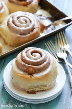 Maple glazed cinnamon rolls recipe from @bakedbyrachel