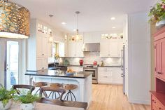 homify / Gracious Luxury Interiors: Cozinhas translation missing: br.style.cozinhas.campestre por Gracious Luxury Interiors