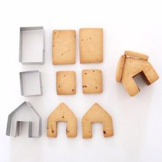 how to set it up  Gingerbread House Cookie Cutters