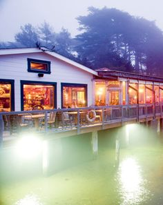 Nick's Cove & Cottages, Tomales Bay. Trail ride to Point Reyes and crack open some oysters!