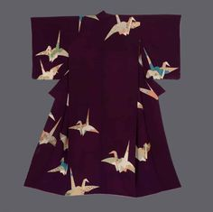 "thekimonogallery: "" Kimono. Taisho period (1912-1927), Japan. The Kimono Gallery. A chirimen silk kimono featuring colorful finely-detailed yuzen-dyed 'orizuru"" (folded paper cranes). Gold foil outlining. The orizuru (ori- ""folded,"" tsuru ""crane""),..."