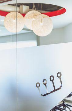 www.liaisonconcept.com | Croesus Finansoft - panneaux vitrés - Liaison Concept Concept, Ceiling Lights, Lighting, Home Decor, Sign, Decoration Home, Light Fixtures, Room Decor, Ceiling Lamps