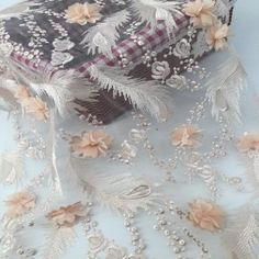 Embroidered lace fabric is special decorative material, commonly used for making curtains, interior decorations and women's wear. Different Wedding Dresses, Dream Wedding Dresses, Wedding Gowns, Wedding Pantsuit, Haute Couture Looks, Embroidered Lace Fabric, How To Make Curtains, Feather Pattern, Flower Embroidery