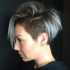 The pixie cut is versatility.Need to find pixie cuts and pixie hairstyles inspiration?Click our list of 80 trending pixie haircuts for women now. Undercut Short Pixie, Short Pixie Haircuts, Pixie Hairstyles, Short Hair Cuts, Cool Hairstyles, Short Hair Styles, Pixie Bob, Pixie Cuts, Hairstyles 2018