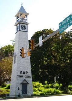 Gap PA town clock