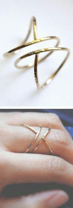 #bijouxfantaisie #bijouxcréateur bijoux tendance pour femme  www.thetrendystore.com