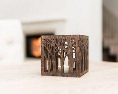 Kerzenständer aus Holz Laterne - Holz Kerzenhalter - rustikale Kerze Halter - braun Lasercut-Kerze-Halter - Holz Teelicht Windlicht
