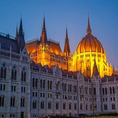 Parliament Building in Budapest. Photo courtesy of brianthio on Instagram.