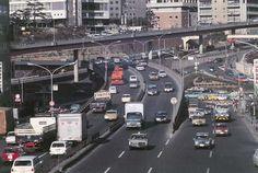 昭和45年、東京・赤坂見附(1970年撮影) 【時事通信社】