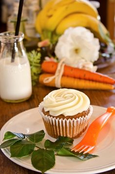Constant Comment® Carrot Cake Cupcakes