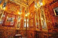 The Amber Room, Catherine Palace Inside Castles, Amber Room, Paris Opera House, Russian Culture, Neoclassical, Baltic Amber, Architecture Design, Beautiful Places, Exterior