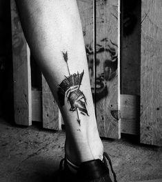 Tattoos 3d, Wolf Tattoos Men, Daddy Tattoos, Leg Tattoo Men, Arrow Tattoos, Skull Tattoos, Body Art Tattoos, Helm Tattoo, Warrior Tattoo Sleeve