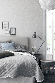 Minimalist Scandinavian Bedroom - For Small Rooms Master For Men For Women For Teen Girls For Couples DIY Boys Apartment Cozy Rustic Boho Vintage Modern Teenage Guest Cheap College Bohemian Cute On A Shabby Chic Bedrooms, Cozy Bedroom, White Bedroom, Bedroom Decor, Bedroom Ideas, Bedroom Inspiration, Bedroom Bed, Bed Room, Scandinavian Bedroom