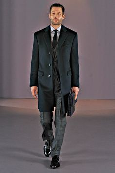 Gieves & Hawkes Fall 2014 Menswear - Collection - Gallery - Style.com