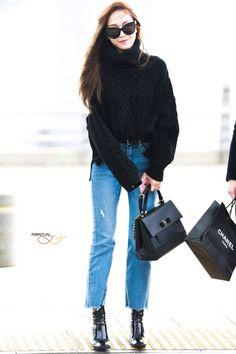 Jessica jung airport fashion 2016
