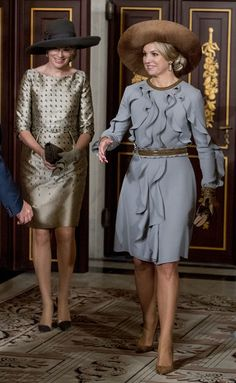 Queen Mathilde of Belgium Photos Photos - Queen Mathilde of Belgium and Queen Maxima of The Netherlands attend the signing of the treaty Boundary Correction by Belgian and Dutch foreign Ministers Reynders and Koenders at the Royal Palace on November 28, 2016 in Amsterdam, Netherlands. - Queen Mathilde of Belgium and King Philippe of Belgium On A 3 Day Official Visit In Holland : Day One