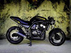 Yamaha FZS 600 Fazer Custom