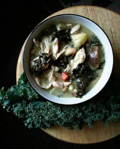 For the last days of winter prepare a satisfying bowl of warm homemade stew. We gathered 15 amazing stew recipes you and your family will love. These hearty ste