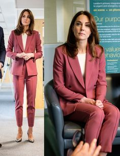 Mar 2020 - Yesterday, the Duke and Duchess of Cambridge visited London Ambulance Service. For the visit, Duchess wore dark rose Marks & Spencer suit with Kate Middleton Outfits, Kate Middleton Stil, Kate Middleton Pictures, Kate Middleton Prince William, Style Casual, Casual Street Style, Home Fashion, Royal Fashion, Duke And Duchess