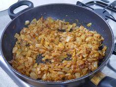 This Muslim Girl Bakes: Chicken Madras. Madras Curry, Desi Food, Muslim Girls, Rice Dishes, Chicken, Baking, Healthy, Bakken, Health