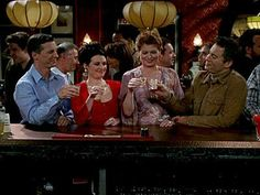 Will and Grace - Best Comedy Ever. 2 Broke Girls, Will And Grace, How I Met Your Mother, Great Tv Shows, Modern Family, Big Bang Theory, Best Tv, New Girl, Movies And Tv Shows