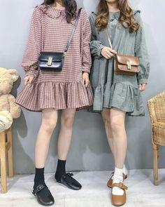 Korean Fashion Dress, Ulzzang Fashion, Korean Street Fashion, Korea Fashion, Korean Outfits, Muslim Fashion, Asian Fashion, Korean Blouse, Kawaii Fashion