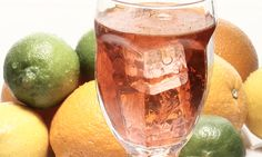 5 Fun and Easy New Year's Eve Cocktail Recipes! New Years Eve Drinks, New Year's Eve Cocktails, Cocktail Recipes, Drink Recipes, Vodka Drinks, Moscow Mule Mugs, Fruit, Tableware, Easy