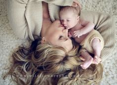 newborn shots with a #cute baby #Lovely baby #Lovely Newborn| http://my-lovely-new-born-photos.blogspot.com
