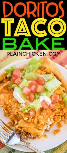 crescent rolls topped with taco meat tomato sauce sour cream cheese and doritos! Kids gobble this up! Ready in 30 minutes. Quickeasy kid friendly and delicious! You can't beat it! Taco Pie Bake, Dorito Taco Bake, Doritos Taco, Doritos Casserole, Taco Pie Recipes, Casserole Recipes, Mexican Food Recipes, Cooking Recipes, Crescent Roll Taco Pie