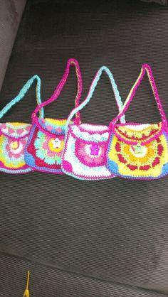 Lieve tasjes voor kleine meisjes naar een patroon van www.talitha.nl