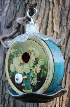 Use tins for a bird house