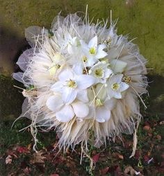 This is definitely something I would love to have as my wedding bouquet! Artist Learch.