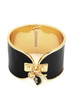 WIDE LEATHER CLUSTER CHARM CUFF BRACELET - Juicy Couture