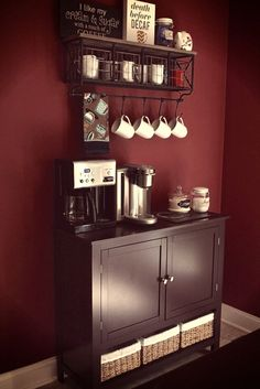 Coffee Bar Ideas - Looking for some coffee bar ideas? Here you'll find home coffee bar, DIY coffee bar, and kitchen coffee station. Coffee Station Kitchen, Coffee Bars In Kitchen, Coffee Bar Home, Home Coffee Stations, Coffee Corner, Coffe Bar, Coffee Shop, Kitchen Bars, Coffee Cozy
