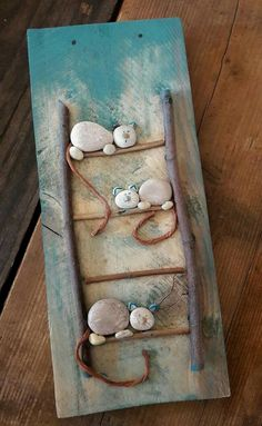 Pebbles are natures beads. They are all natural and you can get really creative … Pebbles are natures beads. Kids Crafts, Diy And Crafts, Arts And Crafts, Stone Crafts, Rock Crafts, Art Rupestre, Art Pierre, Art Diy, Rock And Pebbles