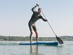 So funktioniert Stand Up Paddling | eatsmarter.de