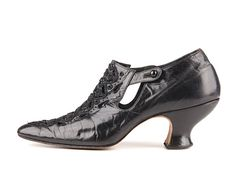 Pumps: ca. 1910-1915, American, leather upper, leather covered Louis heel, cut-outs, beading on the vamp.
