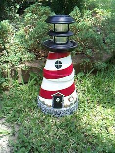 Clay pot solar Lighthouse what a great way to use terra cotta pots and garden accent lights. Clay Pot Projects, Clay Pot Crafts, Diy Clay, Diy Projects, Solar Lighthouse, Clay Pot Lighthouse, Lighthouse Craft, Flower Pot Crafts, Flower Pots