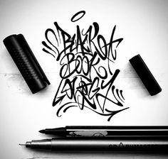 Music Graffiti, Graffiti Alphabet Styles, Graffiti Lettering Alphabet, Graffiti Font, Graffiti Tagging, Graffiti Designs, Graffiti Characters, Graffiti Drawing, Graffiti Styles
